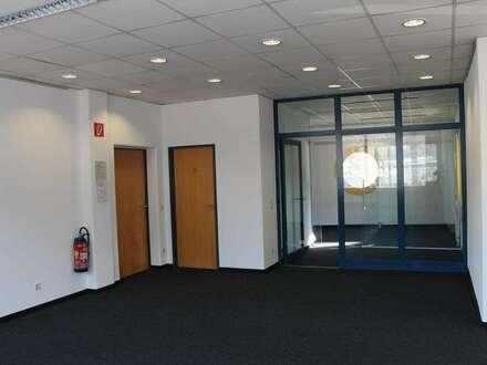 Großzügige Büroräumlichkeit in Top Lage!
