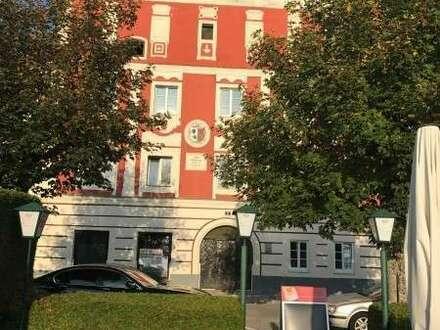 4 Neu - sanierte Eigentumswohnung, Schlüsselfertig im Alten Rathaus im Herzen von Aschach an der Donau