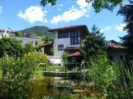 Villa im Landhausstil - Arztliegenschaft, private und betriebliche Verwendung
