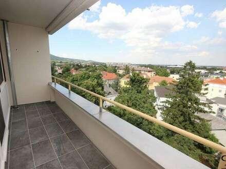 PAUL & Partner: ERSTBEZUG: 3-Zimmer mit traumhafter Aussicht aus dem 6. Stock + 7 m² Loggia + überdachter Stellplatz