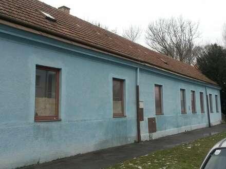 Büro-/Wohn- und Lagergebäude, ideal für Kleinbetrieb im Zentrum von Ebreichsdorf, direkt an der Wiener Straße