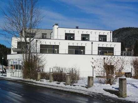 ANSPRECHENDER WOHNRAUM – MODERNE WOHNOPTIK – HELLE WOHNRÄUME & GROSSE TERRASSEN - SONNENLAGE NAHE ZENTRUM - INVESTMENT ODER EIGENNUTZUNG - Neubau Terrassenwohnungen in Annaberg - Skiregion Dachstein West