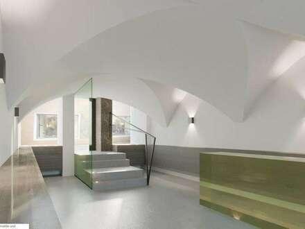 Aufgepasst: Nicht alltägliche, eine sich in Sanierung befindliche Büro-, Ausstellungs- und Geschäftsfläche in historischer…