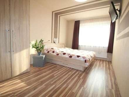 Helle Neubauwohnung mit 3 Zimmern und 32m² großem Hobbyraum/Büro
