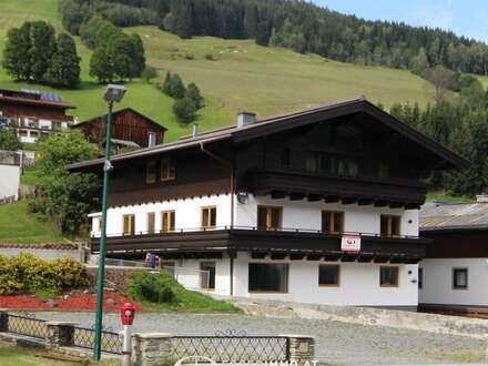 5753 Saalbach Hinterglemm: die Gelegenheit !! ; renoviertes Apartmenthaus 24-30 Betten in attraktiver Lage von Hinterglemm…