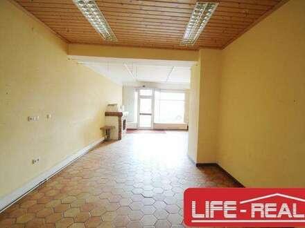 vielseitig nutzbares Büro in zentraler Lage gegenüber der Donau