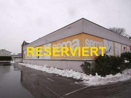 Große Gewerbehalle in guter Lage von Lustenau zur Miete!