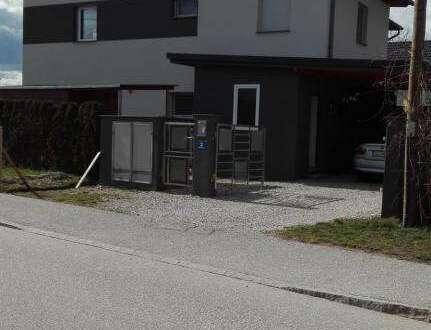 Neubau-Doppelhaushälften in Asten