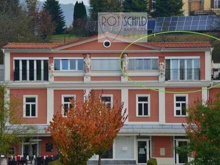 Helle Penthouse- Wohnung mit sensationellen Blick über den Hauptplatz. 2 oder 3 Zimmer - Variabel !