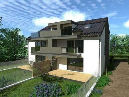 Doppelhaushälfte mit großem Garten. 2 Stellplätze