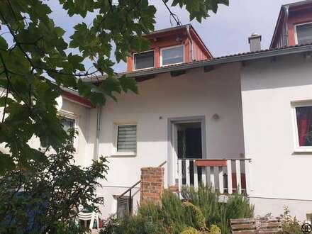 PAUL & Partner: Neuer Preis - Mehrfamilienhaus für Generationen - Wohnen und Arbeiten unter einem Dach