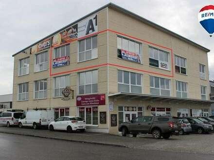 Bürofläche im 2.OG ca. 92,55m² (mit € 7,78 / m² Miete) mit viel Tageslicht