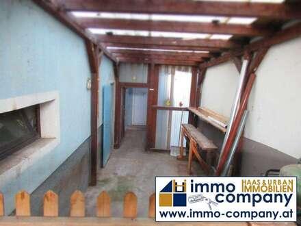2 Familienhaus-GROßFAMILIENHIT! Sanierungsbedüftig - hauchen Sie dem Haus neues Leben ein!