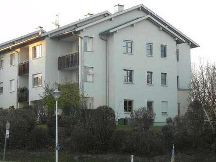 Attraktive Eigentumswohnung mit Balkon im Zentrum von Hohenzell