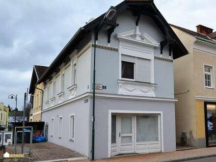 Zentrale Lage in Berndorf: Geschäftslokal mit Auslage und Freifläche