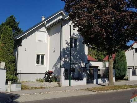 Wohnung mit 150 m² Garten !