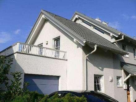 Doppelhaushälfte in schöner Siedlungslage