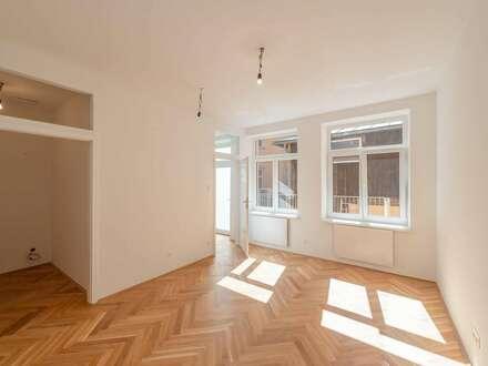 ++NEU** Generalsaniertes 1-Zimmer Hofgebäude mit Terrasse und Hof/Gartenanteil