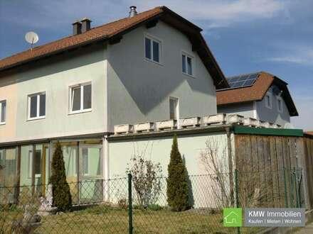NEUER PREIS - Geräumige Doppelhaushälfte mit Garten und Doppelgarage