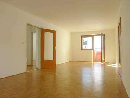 3-Zimmer-Eigentumswohnung mit Loggia, Garten und Tiefgaragenplatz