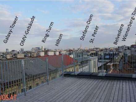 Sightseeing von der eigenen Panorama-Terrasse: Penthouse-Erstbezug in saniertem Altbau + Stellplatz