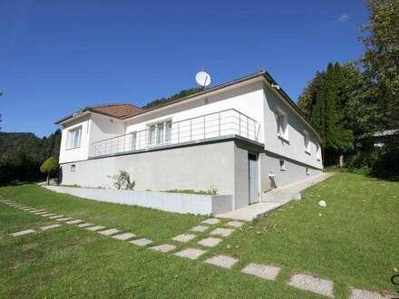 >>>: Einfamilienhaus auf 2.600 m² Grund mit traumhaftem Ausblick + Sauna + Pool !!