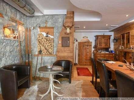 Shop - Büro - Bar - Der Traum von Selbstständigkeit inmitten von Kitzbühel