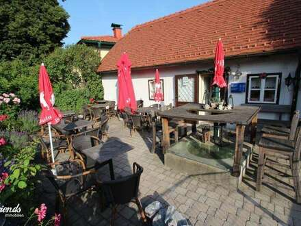 Die Kaffeekuchl - berühmt in Alland - ein wunderbar gemütliches Kaffeehaus!
