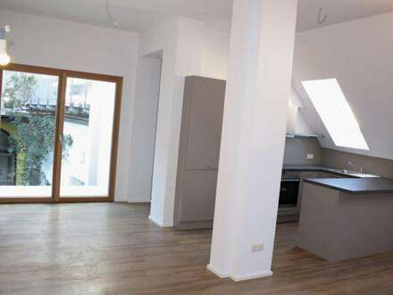 Helle moderne Mietwohnung - 82m²- mit Balkon im Zentrum von Hartberg!