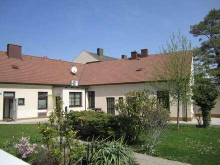Felixdorf: Schöne Wohnung mit Gartenbenützung in zentraler Lage