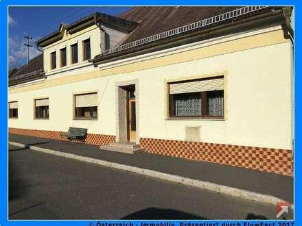 Kleiner Hof mit großem Wohnhaus im Süd-Burgenland - 1751