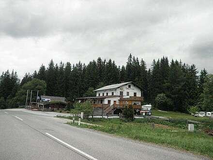 Gelegenheit auf der Hebalm: Zum Mitaufbau einer aufstrebenden Region: Appartementhaus mit großem Potential, Campingplatz