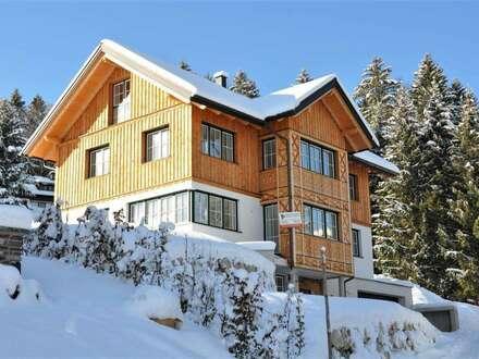 Einfamilienhaus mit traumhaftem Blick auf den Ort und See - Schlüsselfertig