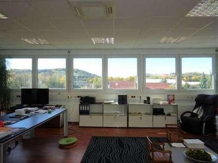 Lichtdurchflutetes, schönes modernes Büro im Business-Point Gleisdorf-Süd