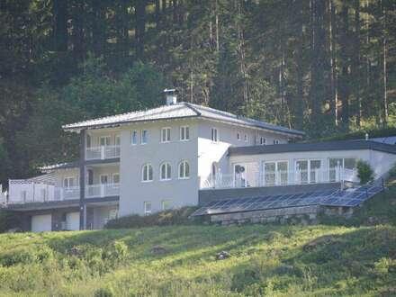 GASTEINER BERGENSEMBLE: Villa zum Top-Preis in sonniger Panoramalage und edlen SPA-Bereich!