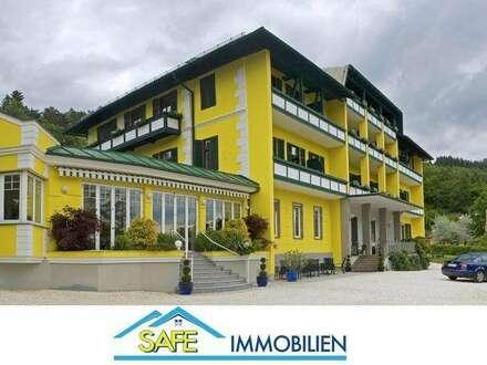 Millstatt: Hotel im kaiserlichen Stil am Millstättersee