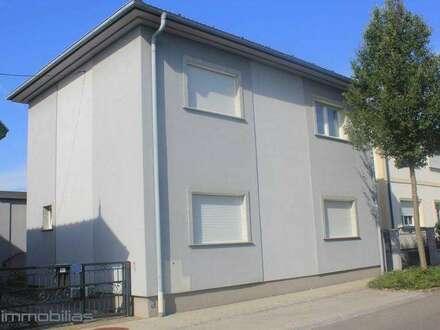 !!! Große Haus für Zwei Familie bzw. Firmen Quartier !!!