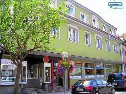 Deutschlandsberg, Hauptplatz: Geschäftslokal mit gr. Auslagen, ca. 145m²
