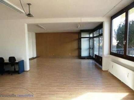 KAUF Salzburg-Süd: 95 m²Geschäftslokal / Büro in (teil)saniertem Gebäude