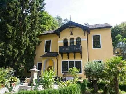 Ein bzw. Mehrfamilienhaus mit Schwimmbad und Bürotrakt - zu kaufen in 2352 Heiligenkreuz