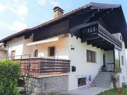 großes Wohnhaus mit 2 Wohnungen