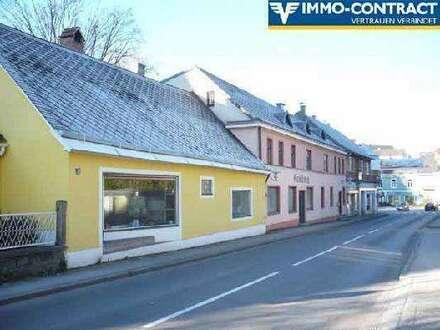 Wohnhaus mit Burgblick