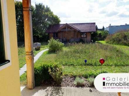 Neuwertiges Wohnhaus mit großem Garten - Holzriegelbauweise