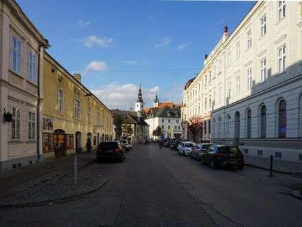 Biedermeier-Schönheit im Herzen von Krems