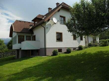 Großes Wohnhaus auf 2.600 m² Grundstück in Preitenegg
