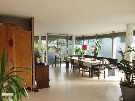 Großzügige Atelierwohnung für Individualisten mit Gartenfeeling eines Hauses