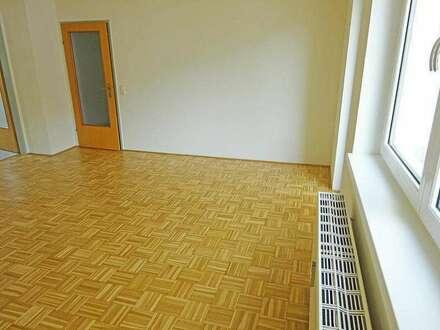 Großzügige 3-Zimmer Wohnung mit Tiefgaragenstellplatz in Ebensee