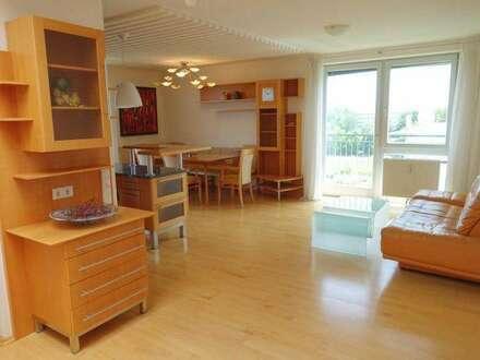 SCHÖNE PENTHOUSE Wohnung mit Fernblick ins Grüne - Beste Infrastruktur
