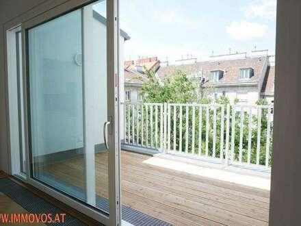 Alles auf einer Ebene: 4-Zimmer DG-Erstbezug + Terrasse + hohe Räume (!) + Stellplätze im Prachtaltbau in Augarten-Nähe