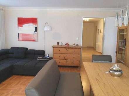 Große helle 3-Zimmer-Wohnung im Stadtzentrum